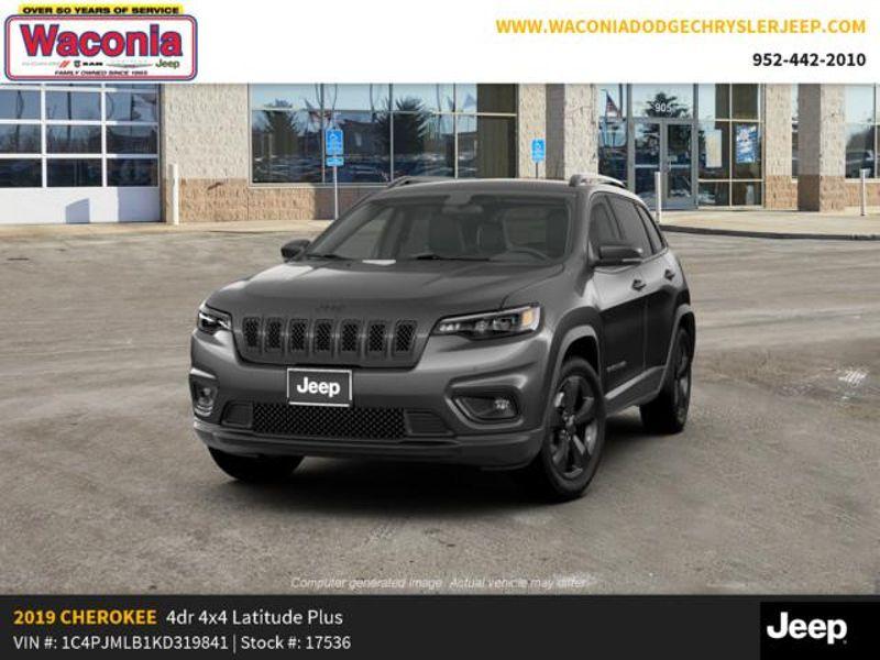 2019 Jeep Cherokee Altitude  in Victoria, MN