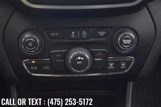 2019 Jeep Cherokee Latitude Plus Waterbury, Connecticut 33