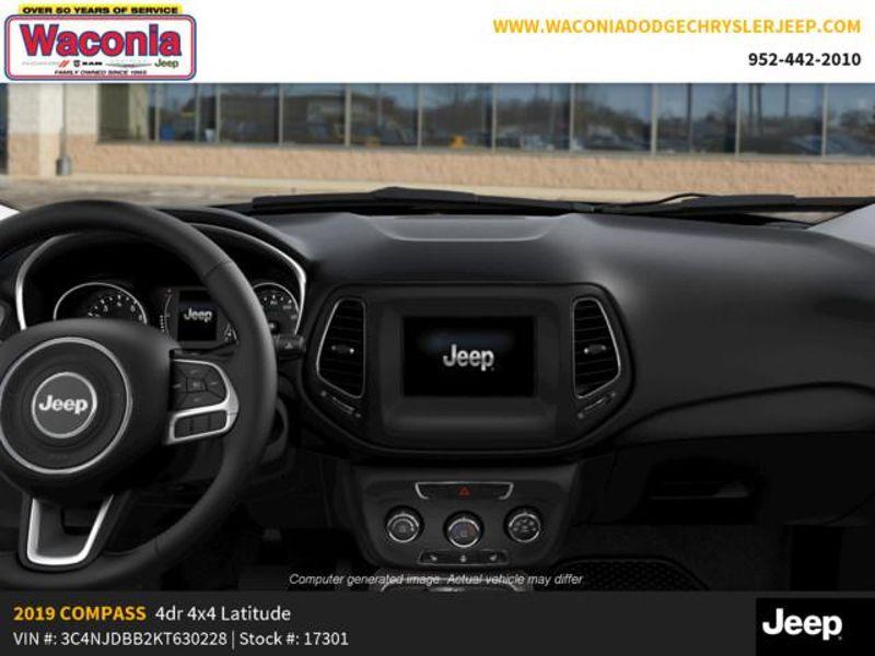 2019 Jeep Compass Latitude  in Victoria, MN