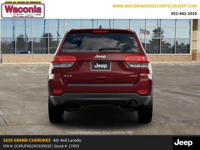 2019 Jeep Grand Cherokee Laredo E  in Victoria, MN