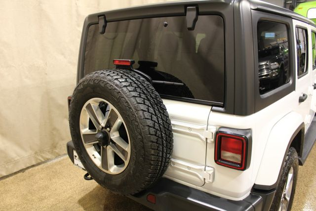 2019 Jeep Wrangler Unlimited 4x4 Sahara in Roscoe, IL 61073