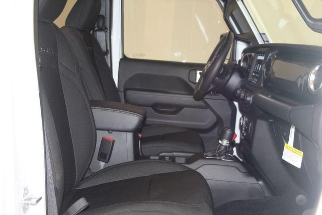 2019 Jeep Wrangler Unlimited Sahara Houston, Texas 23