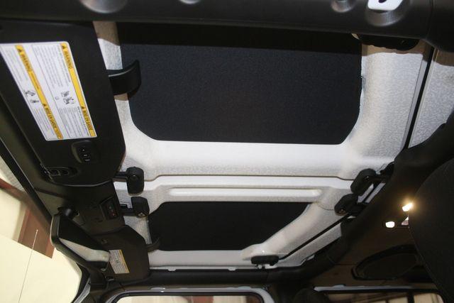 2019 Jeep Wrangler Unlimited Sahara Houston, Texas 35