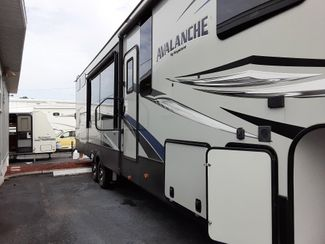 2019 Keystone Avalanche 395BH   city Florida  RV World Inc  in Clearwater, Florida