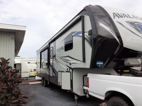 2019 Keystone Avalanche 395BH  in Clearwater, Florida