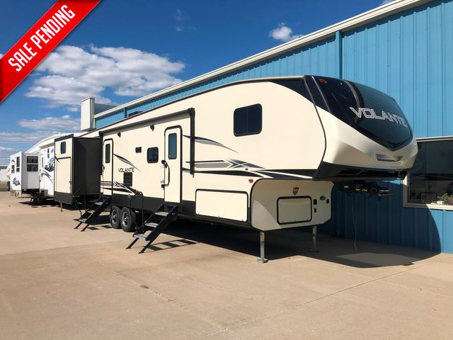 2019 Keystone VL360DB18 in Mandan, North Dakota 58554