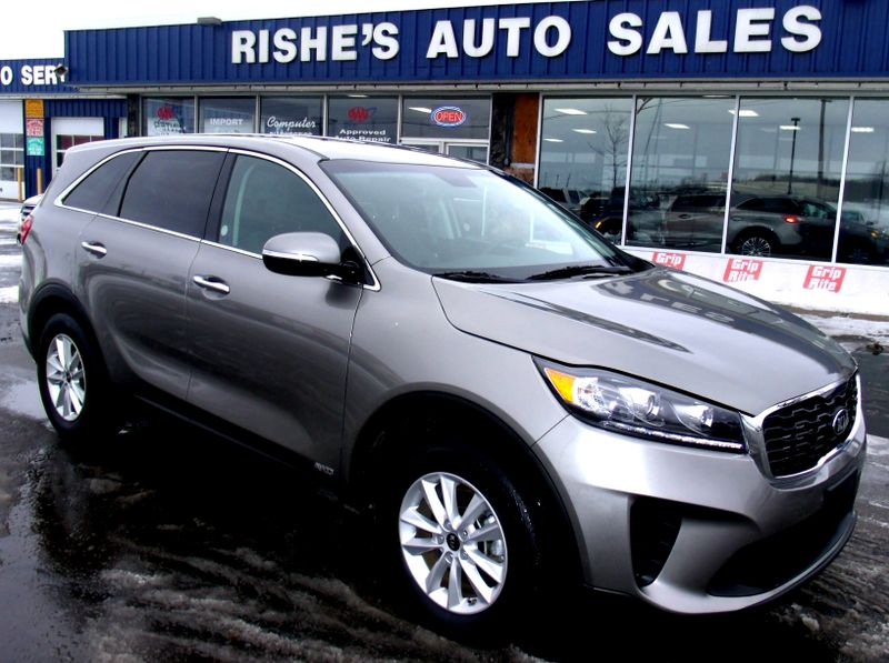 2019 Kia Sorento AWD V6 3rd Row Seating | Rishe's Import Center in Ogdensburg New York