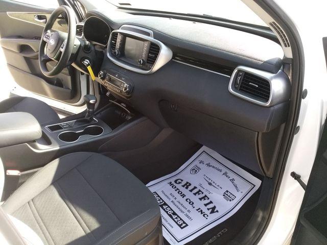 2019 Kia Sorento LX V6 Houston, Mississippi 8