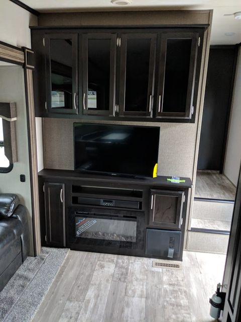 2019 Kz Durango 1500 D286BHD Mandan, North Dakota 6