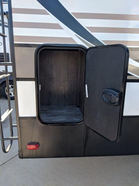 2019 Kz Durango Half-Ton D256RKT Mandan, North Dakota 27