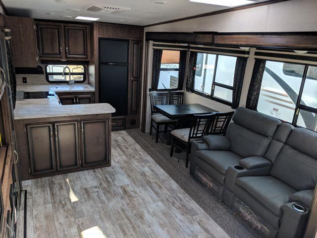 2019 Kz Durango Half-Ton D256RKT Mandan, North Dakota 5