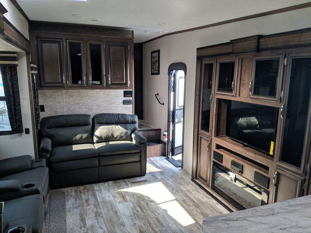 2019 Kz Durango Half-Ton D256RKT Mandan, North Dakota 6