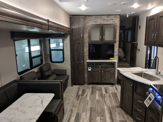 2019 Kz SPORTSMEN 302BHK in Mandan, North Dakota 58554