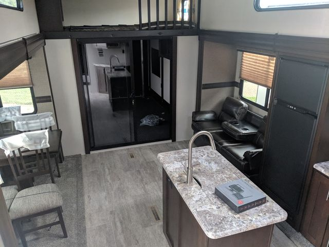 2019 Kz Sportster 373TH12 Mandan, North Dakota 5