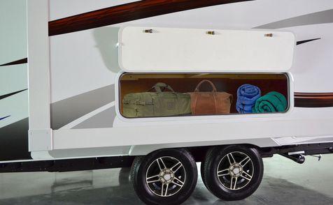 1985 Lance 2019 Travel Trailer 16'6
