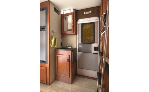 2185 Lance 2019 Travel Trailer  in Livermore, California