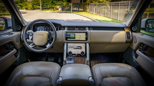 2019 Land Rover Range Rover 1 OWNER FACTORY WARRANTY REMAINING in Memphis, TN 38115