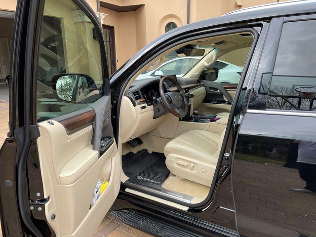 2019 Lexus LX 570 Houston, Texas 7
