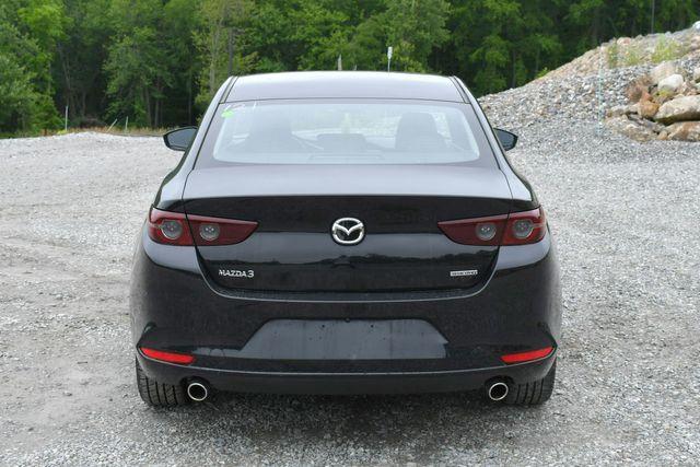 2019 Mazda Mazda3 Sedan w/Select Pkg Naugatuck, Connecticut 5