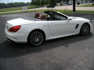2019 Mercedes-Benz SL-Class SL550 Chesterfield, Missouri 9