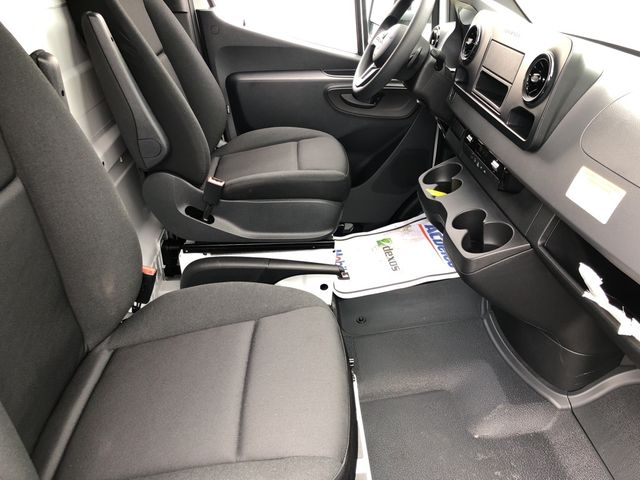 2019 Mercedes-Benz Sprinter Cab Chassis Cab Chassis 144 WB Madison, NC 31