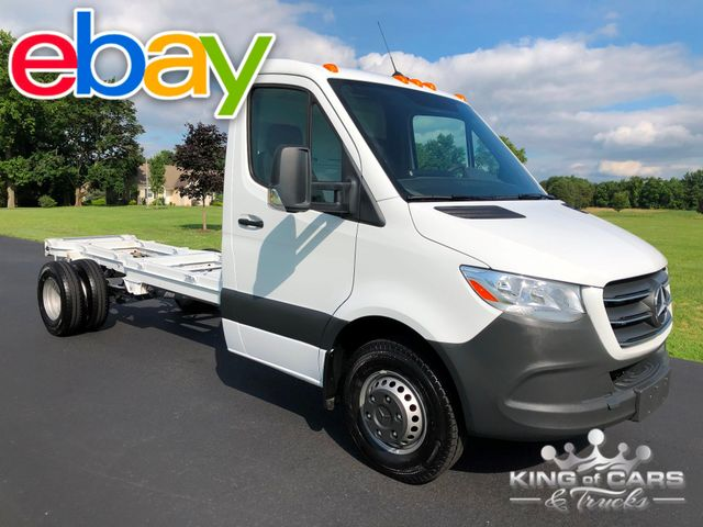 "2019 Mercedes Sprinter 3500 DIESEL 170"" CAB AND CHASSIS NAV BRAND NEW SAVE 10k"