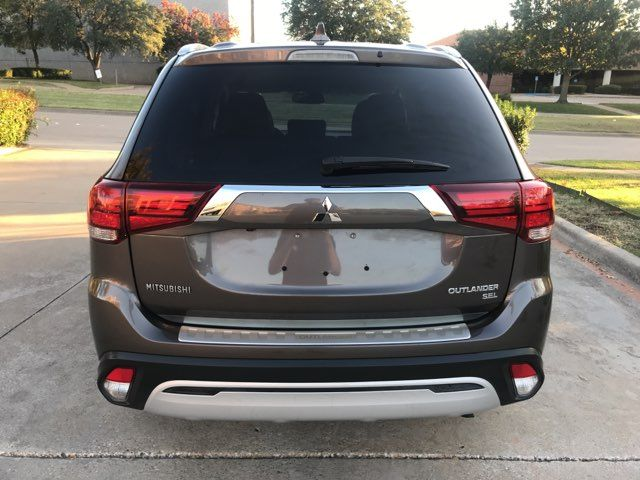 2019 Mitsubishi Outlander SEL ONE OWNER in Carrollton, TX 75006