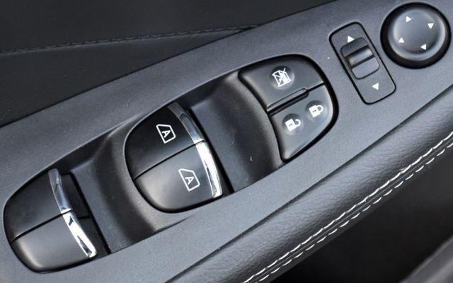 2019 Nissan Maxima SL Waterbury, Connecticut 28