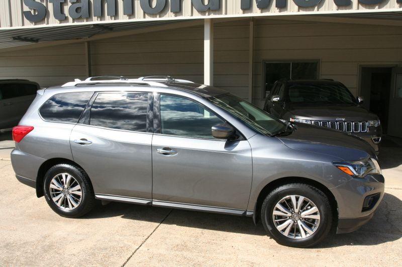 2019 Nissan Pathfinder SV in Vernon Alabama