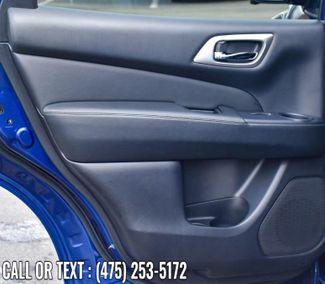 2019 Nissan Pathfinder SL Waterbury, Connecticut 26