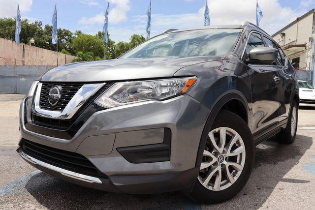 2019 Nissan Rogue SV in Miami, FL 33142