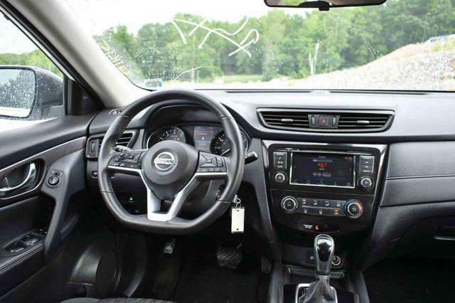 2019 Nissan Rogue S AWD Naugatuck, Connecticut 13