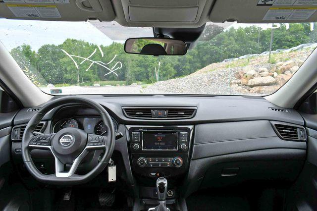 2019 Nissan Rogue S AWD Naugatuck, Connecticut 14