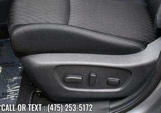 2019 Nissan Rogue SV Waterbury, Connecticut 13