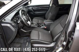 2019 Nissan Rogue SV Waterbury, Connecticut 14