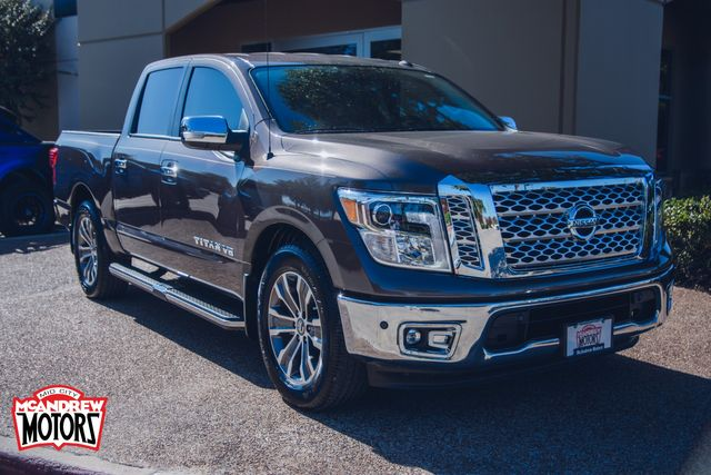 2019 Nissan Titan SL in Arlington, Texas 76013