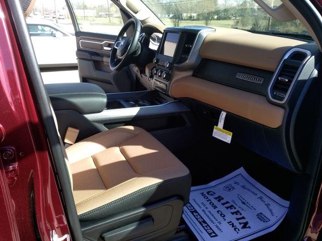 2019 Ram 1500 Crew Cab 4x4 Big Horn/Lone Star Houston, Mississippi 9