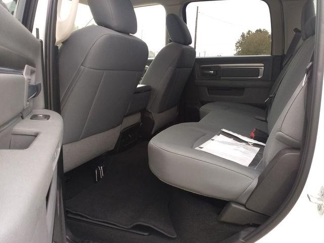 2019 Ram 1500 Crew Cab 4x4 SLT Houston, Mississippi 9
