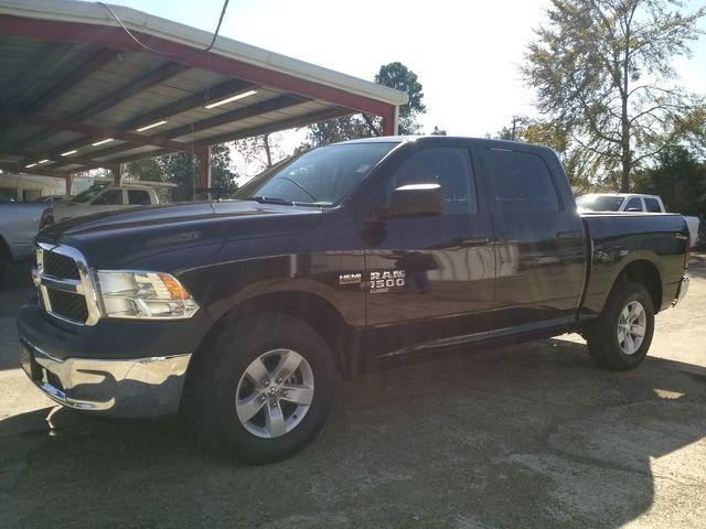 2019 Ram 1500 Crew Cab 4x4 SLT Houston, Mississippi 1