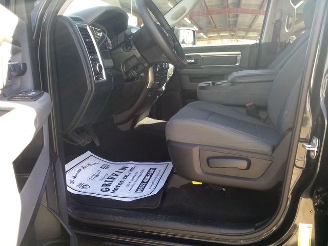 2019 Ram 1500 Crew Cab 4x4 SLT Houston, Mississippi 11