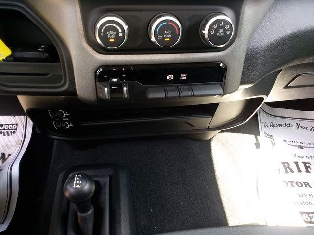 2019 Ram 2500 Crew Cab 4x4 Tradesman Houston, Mississippi 16