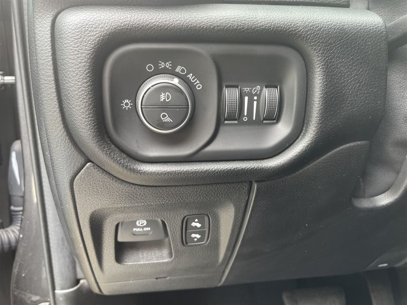 2019 Ram All-New 1500 5.7l HEMI V8, LARAMIE, 4X4, LEATHER,HTD/VNT FRT ST in Rowlett, Texas