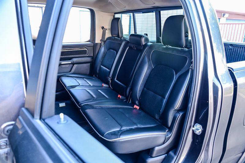 2019 Ram All-New 1500 5.7l HEMI V8 LARAMIE 4X4 LEATHER HTD/VNT FRT STS in Rowlett, Texas