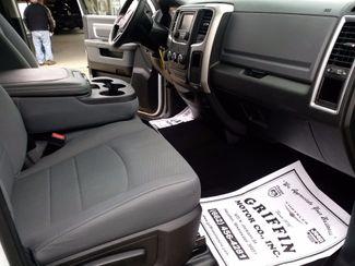 2019 Ram Crew Cab 4x4 1500 Classic SLT Houston, Mississippi 9