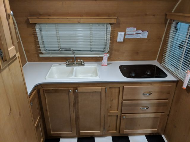 2019 Riverside Rv White Water Retro 177FK Mandan, North Dakota 3