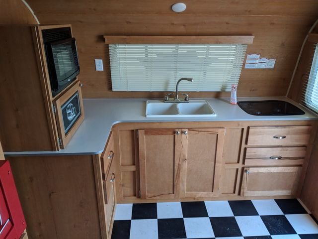 2019 Riverside Rv White Water Retro 199FKS Mandan, North Dakota 4