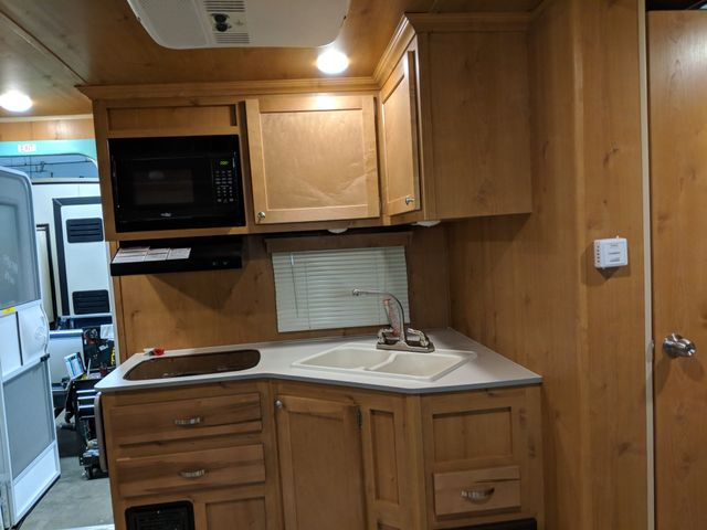 2019 Riverside Rv White Water Retro 193 Mandan, North Dakota 6