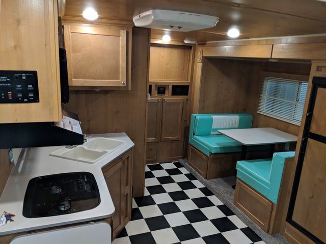 2019 Riverside Rv White Water Retro 193 Mandan, North Dakota 5