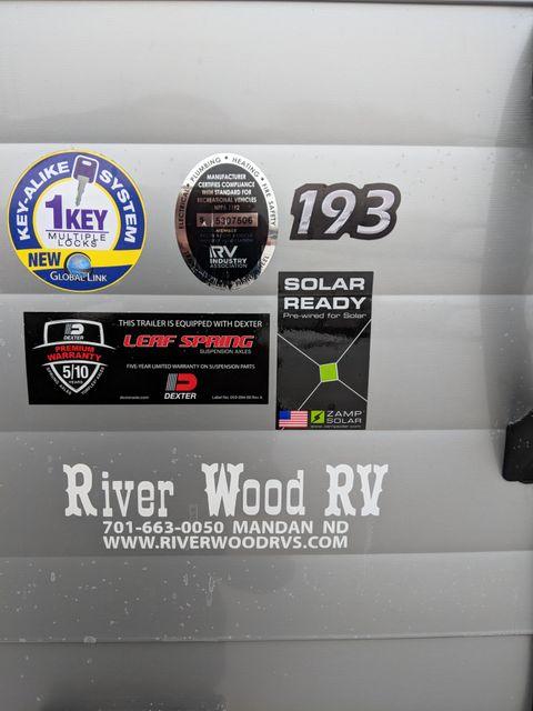 2019 Riverside Rv White Water Retro 193 Silver Dream Series Mandan, North Dakota 3