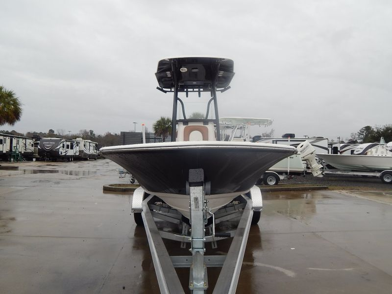 2019 Sea Born FX24 Bay   in Charleston, SC